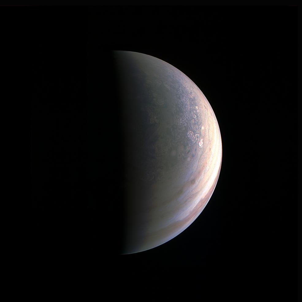 Zdjęcie Jowisza wykonane przez sondę Juno 27082016