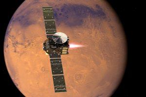 Ilość wody na Marsie może być równa połowie Oceanu Atlantyckiego