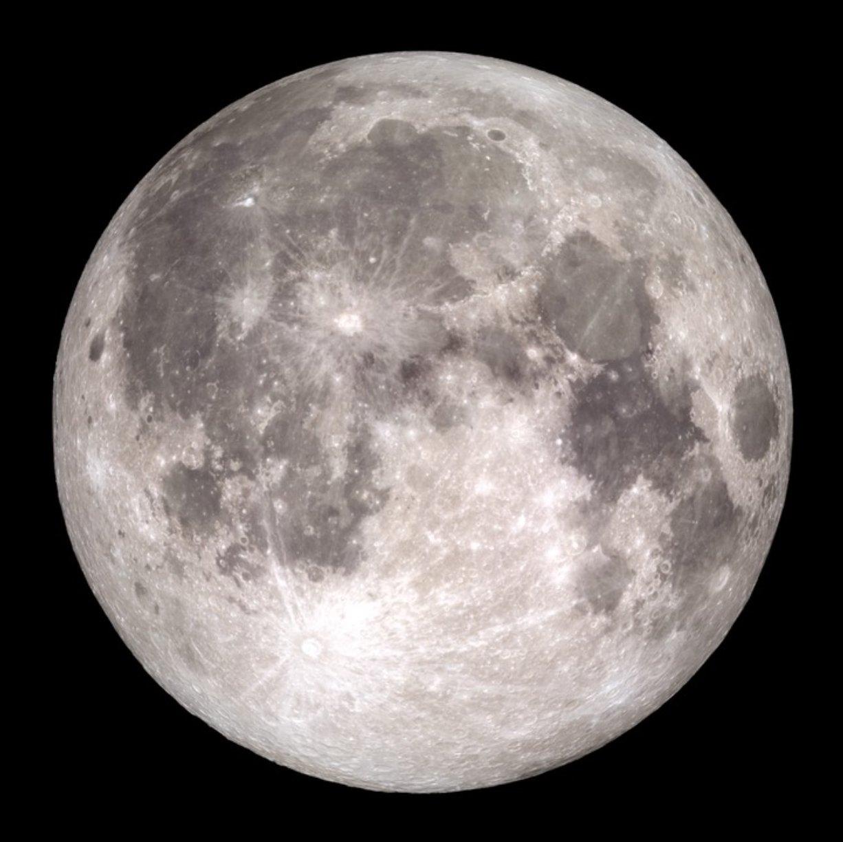 Księżyc oddala się od Ziemi.