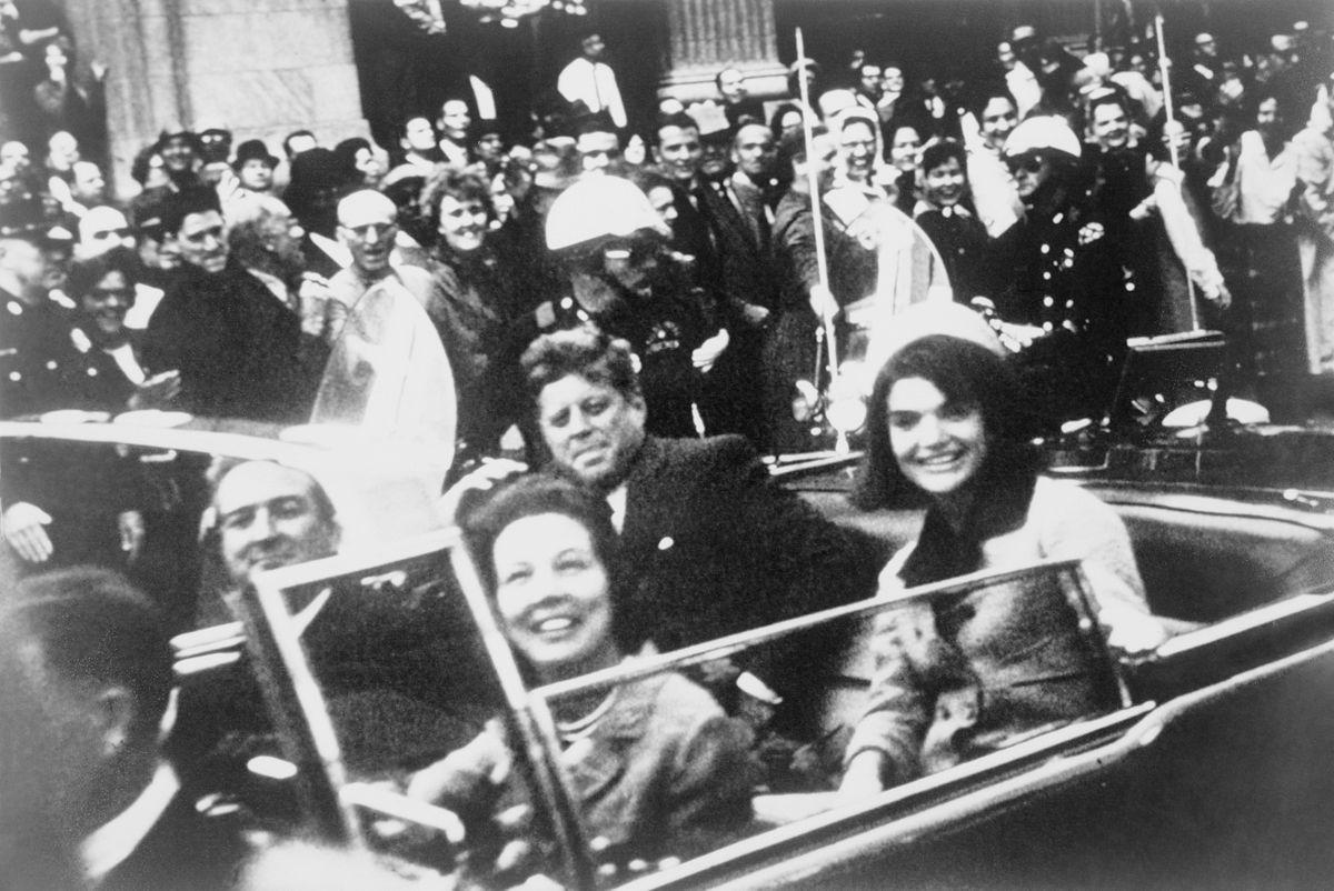 Trump udostępnia część tajnych dokumentów w sprawie zabójstwa Kennedy'ego