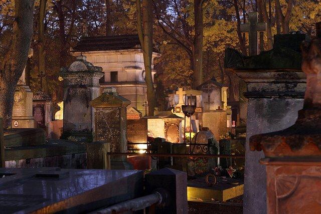 Cmentarz Powązkowski. Fot. flickr