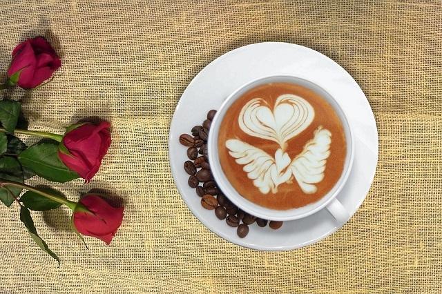 Krótka historia kawy oraz herbaty