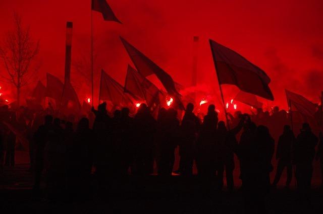 Marsz niepodległości. Warszawa 2016. Fot. pixabay