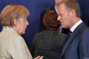 Angela Merkel i Donald Tusk. Fot. Źródło: dw.de