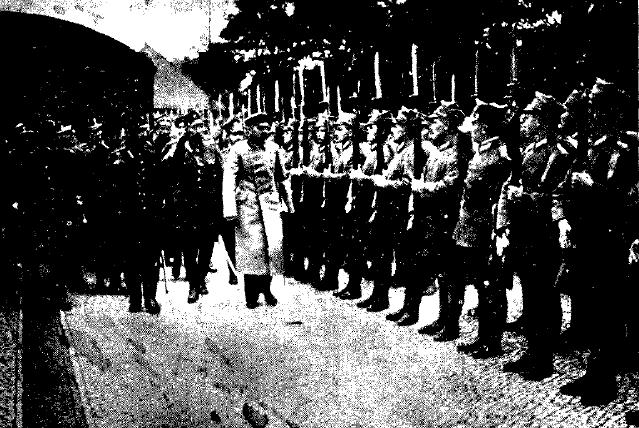 Powitanie Naczelnika Piłsudskiego przez powstańców wielkopolskich w Poznaniu. Fot. wikipedia