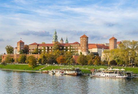 Polskę odwiedza coraz więcej zagranicznych turystów