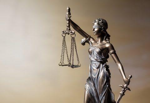 Roman Gietych w liście otwartym w obronie KRS do wszystkich adwokatów: Zamach na sądy zorganizowany przez rząd się nie uda