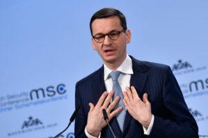 """Czy Morawiecki ukrywa swój majątek? Jest odpowiedź rządu: """"bezpardonowy atak na rodzinę pana premiera"""""""