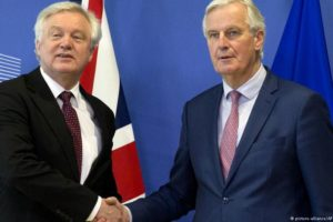 Brexit: Ważne porozumienie. Londyn ustąpił Brukseli w kwestii Polaków i innych obywateli UE w Wlk. Brytanii