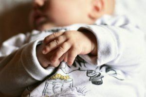 Skoki rozwojowe dziecka w 1. roku życia