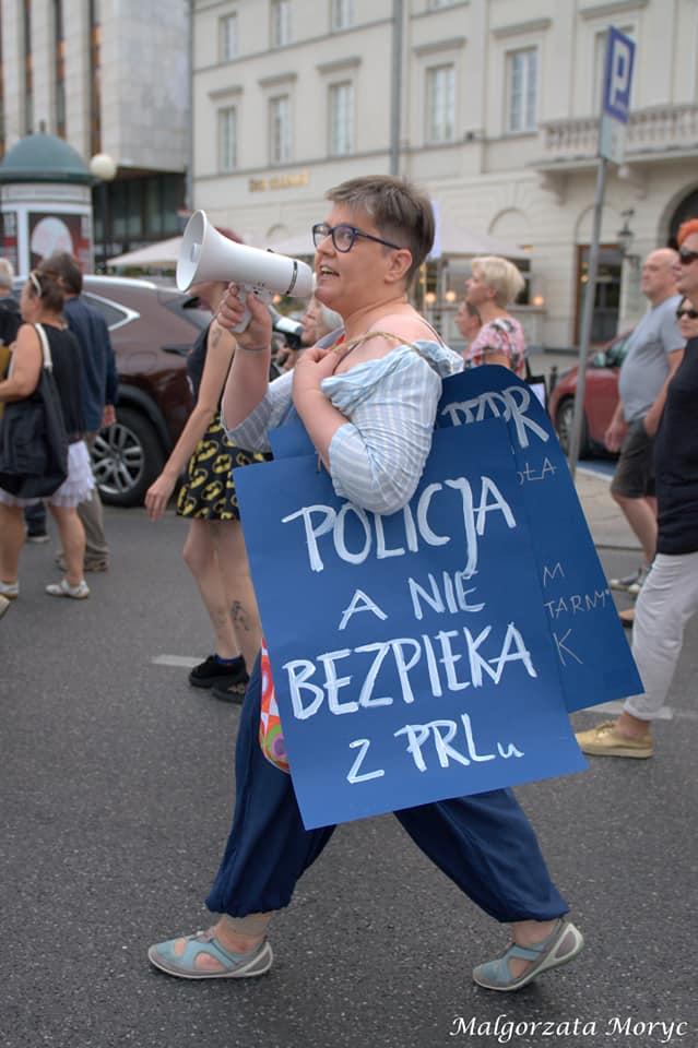 Bez medialnego echa przeszła demonstracja przeciwko upolitycznianiu i brutalizacji działań policji.