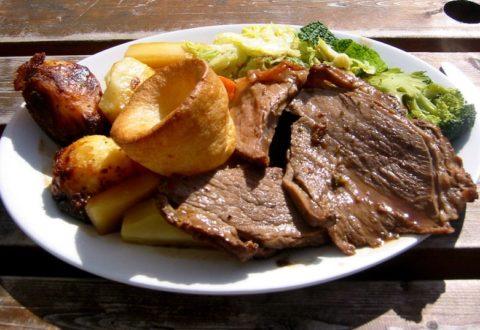 Sunday Roast – czyli co Anglicy jedzą w niedzielę?