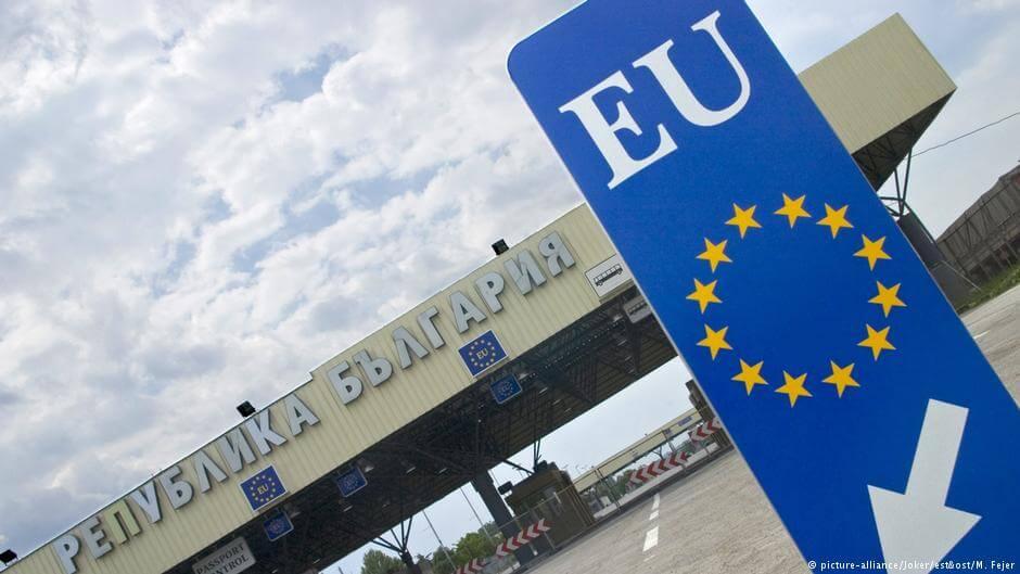 Wielomiliardowe zyski z handlu unijnymi paszportami