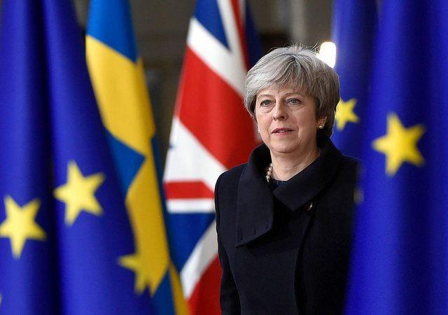 Przywódcy krajów UE nie zatwierdzą dziś odroczenia brexitu, o co poprosiła premier Theresa May.