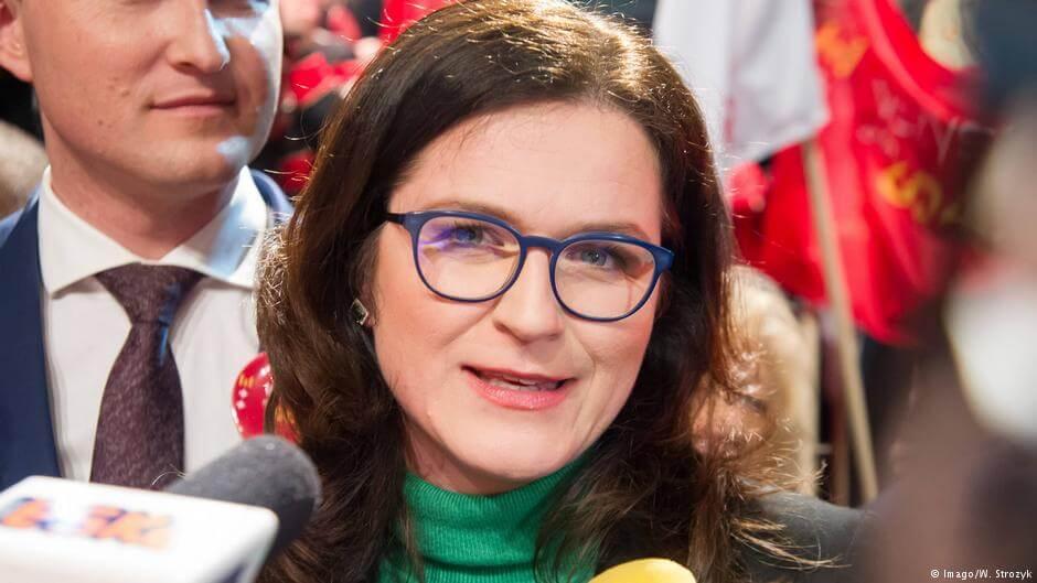 Aleksandra Dulkiewicz zarzuca PiS pogłębianie podziałów w polskim społeczeństwie i zapowiada, że będzie kontynuowała przyjazną wobec uchodźców politykę Pawła Adamowicza.