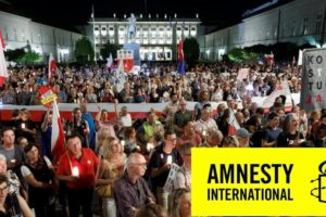 Raport Amnesty International – polski rząd szykanuje sędziów