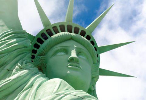 Polacy będę podróżować do USA bez wiz. Jak wygląda procedura? Pytania i odpowiedzi