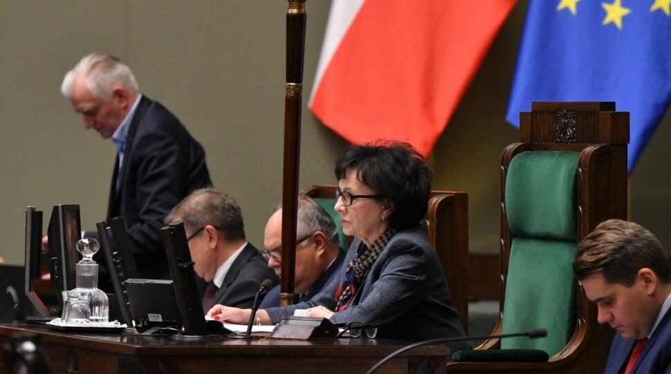 Marszałek Sejmu anulowała głosowanie, bo PiS je przegrał? Jest wniosek o odwołanie marszałka, będzie zawiadomienie do prokuratury