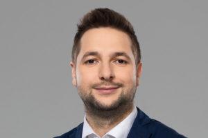 """Roman Giertych: do posła Jakiego """"Pana wypowiedź, że Polska nie zgadza się na przyjmowanie takiej ilość technologii, to miód na moje serce"""""""