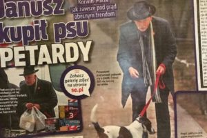 Janusz Korwin-Mikke bawił się petardami ze swoim psem Odim (Super Express)