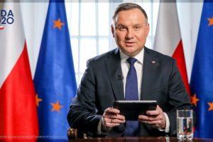 """Koronawirus w Polsce szaleje, a tymczasem A Duda: """"Jeżeli są warunki, by iść normalnie do sklepu, to są też warunki, by pójść i zagłosować"""""""
