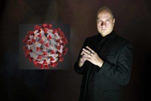 Wojciech Glanc:  Jak nie zwariować przez koronawirusa – hipnoza ochronna