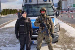 Sasin zapowiada wzmożone patrole policji i być żołnierzy na ulicach