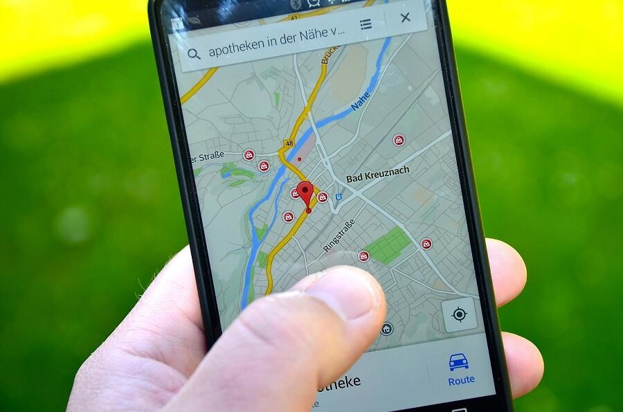 Jak dokładny jest lokalizator GPS samochodu?