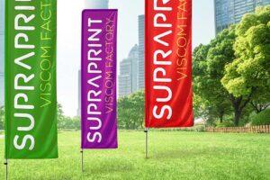 Flaga reklamowa z nadrukiem – skuteczna forma promocji zewnętrznej