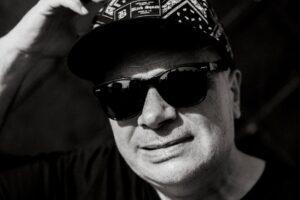 Krzysztof Skiba: Krew na zębach
