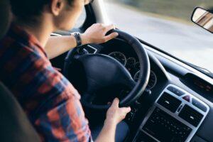 Wynajem aut – czy to alternatywa dla posiadaczy własnych samochodów?