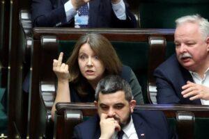 Prof. Marek Chmaj: Prokuratura na polityczne zamówienie PiS? Ktoś ma wątpliwości? Polecam lekturę!