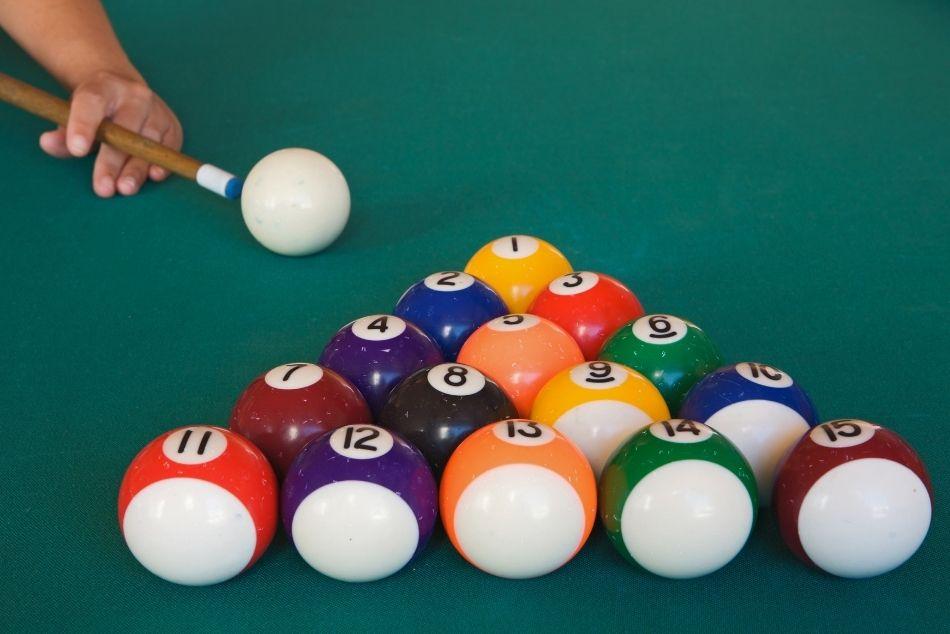 Nauka gry w bilard – od czego zacząć