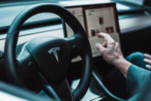 Tesla chce mieć nowe baterie. To może być rewolucja w e-motoryzacji