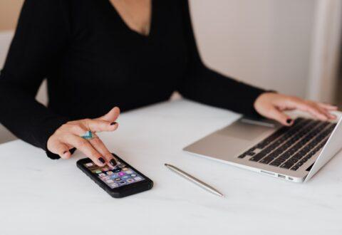 Wypróbuj kalkulator nju mobile i policz, ile zapłacisz za abonament